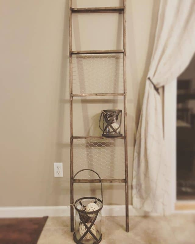 Chicken wire decorative ladder @arrowfastener