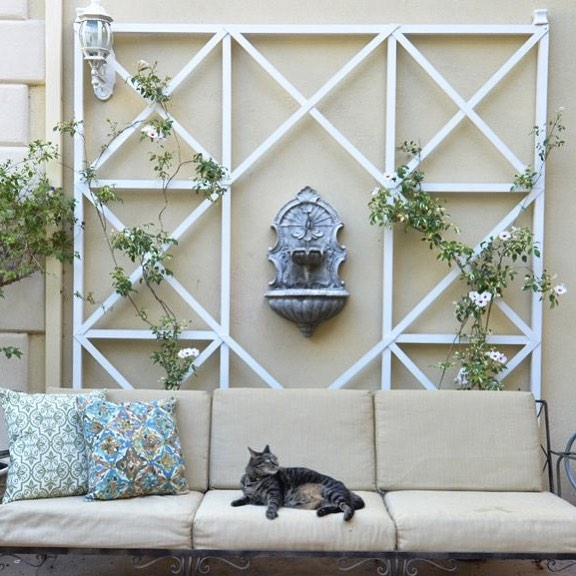 With some Arrow tools and her DIY skills, @Centsationalgirl took on this amazing trellis project! (Link to full tutorial in bio!)