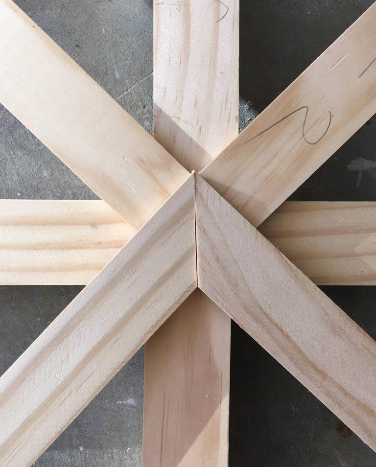 crisscross-wall-trellis-arrow-project-step3e.jpg