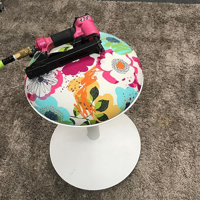 """I was wrapping canvases the other day and figured I'd """"wrap"""" this IKEA stool my kids won't let me get rid of. It may still be a wobbly disaster of a seat that they fight over, but at least it's pretty ?"""