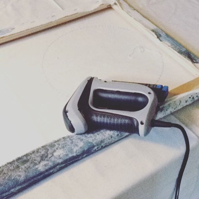 We never get tired of seeing our tools hard at work! Thanks to @lisarydinerickson for sharing a snapshot of the T50ACD Compact Electric Staple Gun from her last DIY project! Want your photo to be featured next? Tag us or use #MadeWithArrow! . . . . . . .