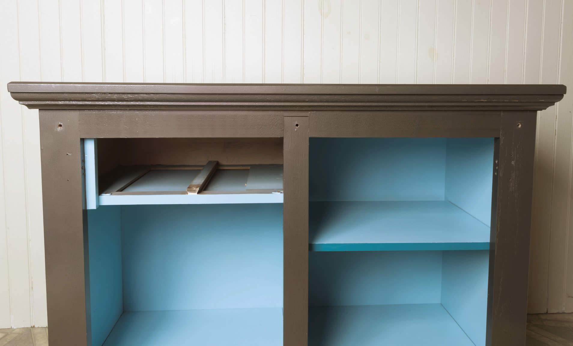 sliding-barn-door-cabinet-arrow-project-step3b.jpg
