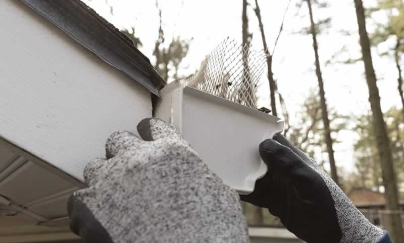 replace-gutter-end-cap-arrow-project-step5a.jpg