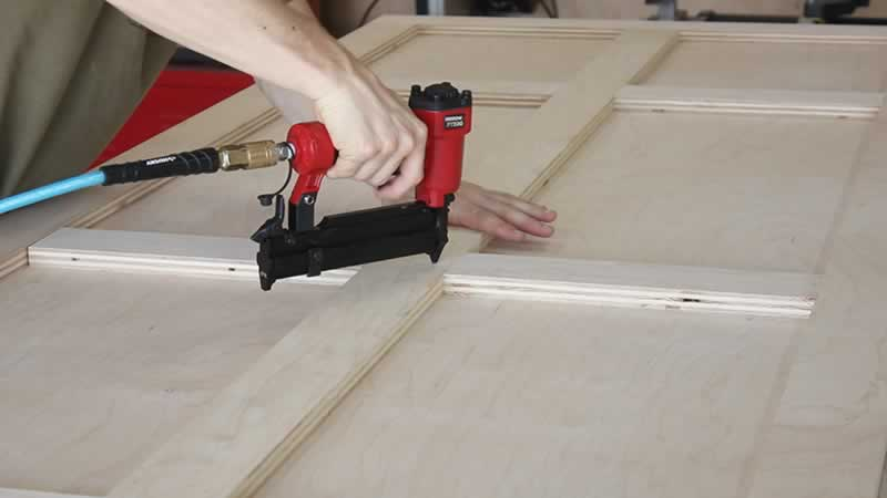 plywd-barn-door-arrow-project-step2c.jpg
