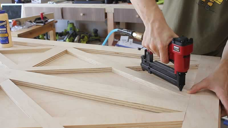 plywd-barn-door-arrow-project-step3c.jpg