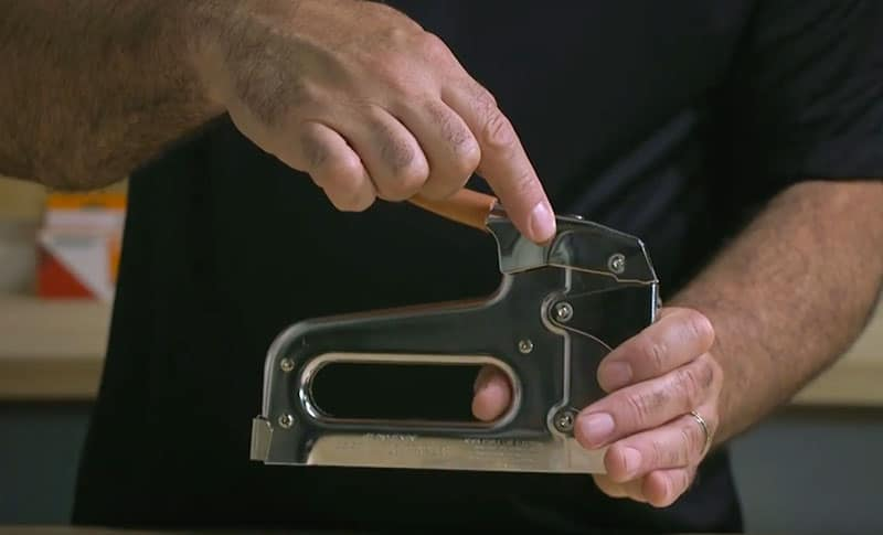 T25 Staple Gun - Low Voltage Wire Staple Gun | Arrow Fasteners